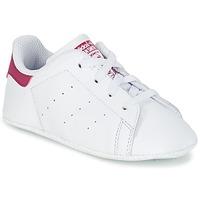 Chaussures Fille Baskets basses adidas Originals STAN SMITH CRIB Blanc / rose