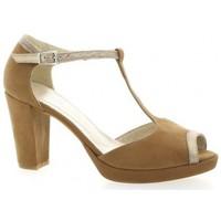 Chaussures Femme Sandales et Nu-pieds Reqins Escarpins cuir Cognac