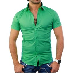 Vêtements Homme Chemises manches courtes Tazzio Chemisette homme vert Chemise TZ7020 vert Vert