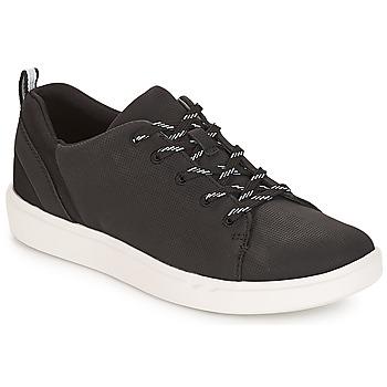 Chaussures Femme Baskets basses Clarks Step Verve Lo. Black